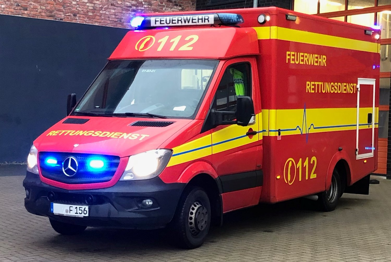 Rettungswagen Unfall Fahrrad